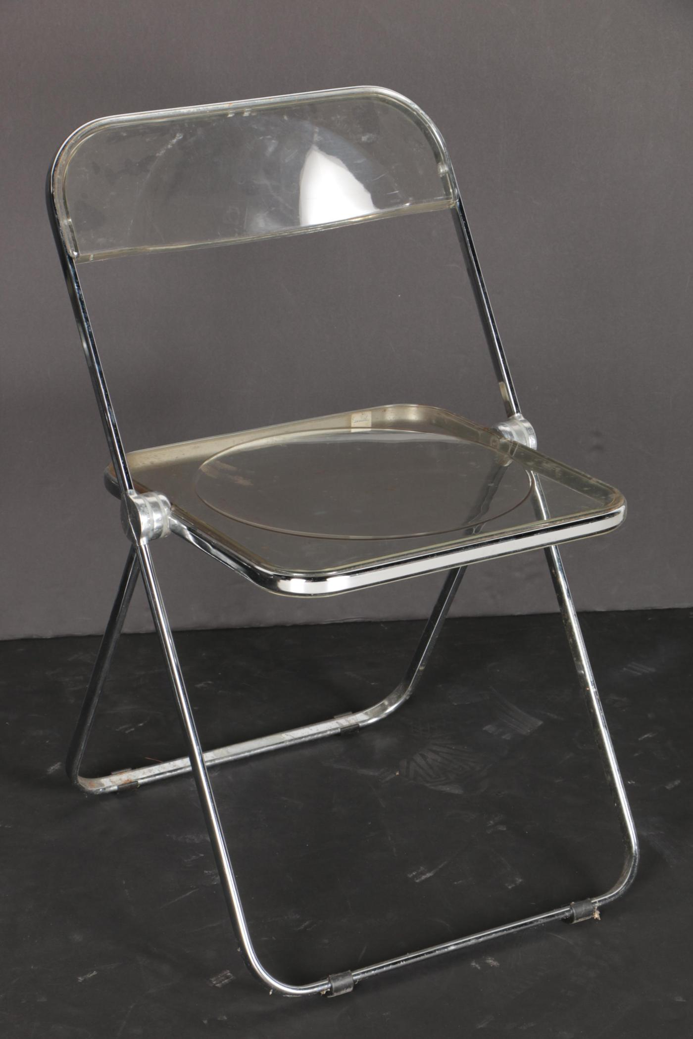 Set of Plia Clear Plastic Folding Chairs by Castelli  EBTH