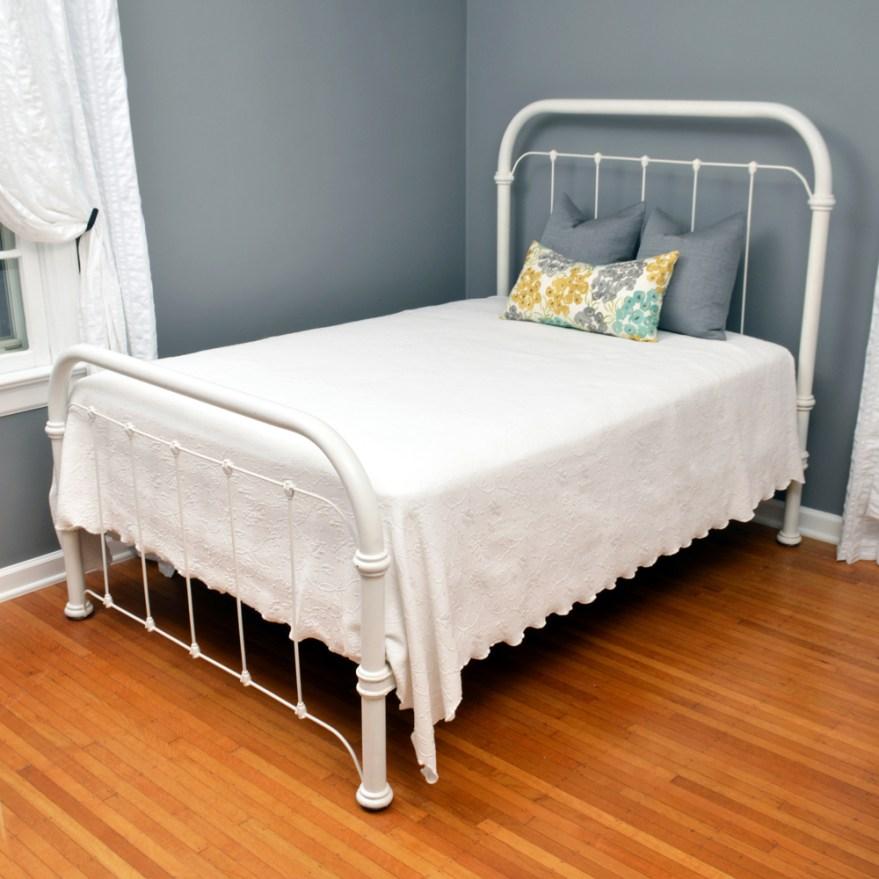Vintage Iron Bed Frames Full Size