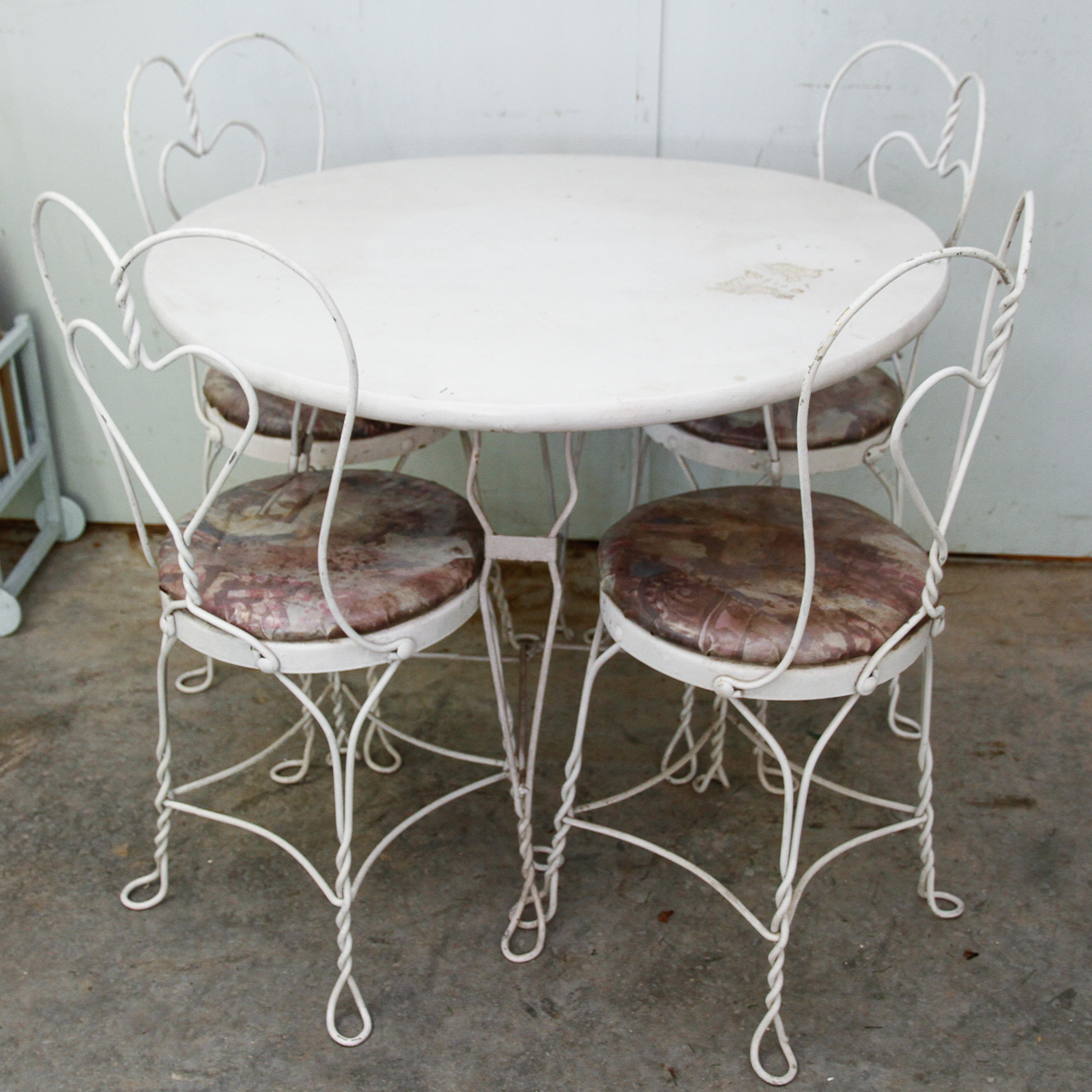 Ice Cream Table And Chairs Vintage Ice Cream Parlor Table And Chairs Ebth