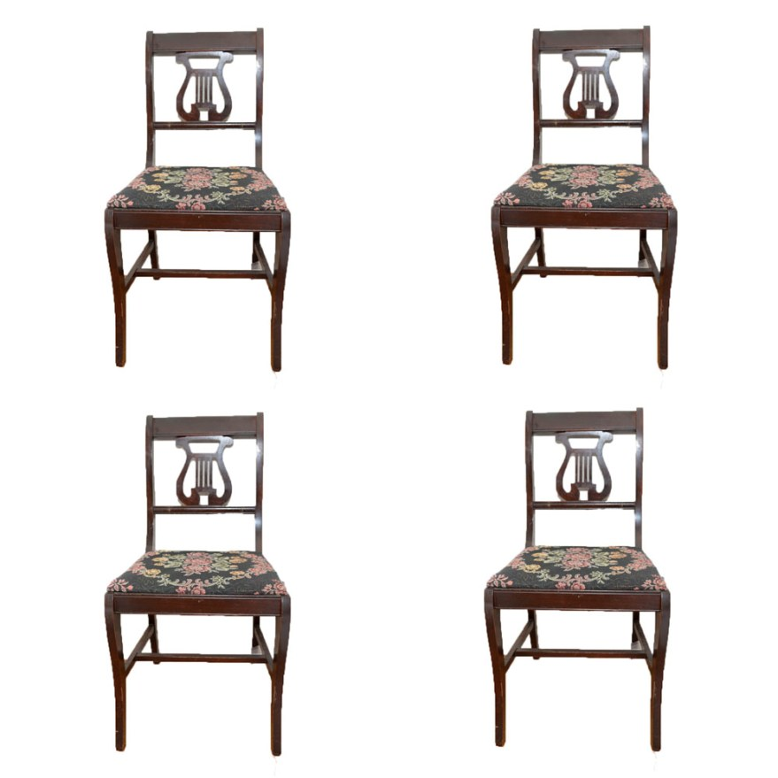 Vintage Classical Style Dining Table with LyreBack Chairs