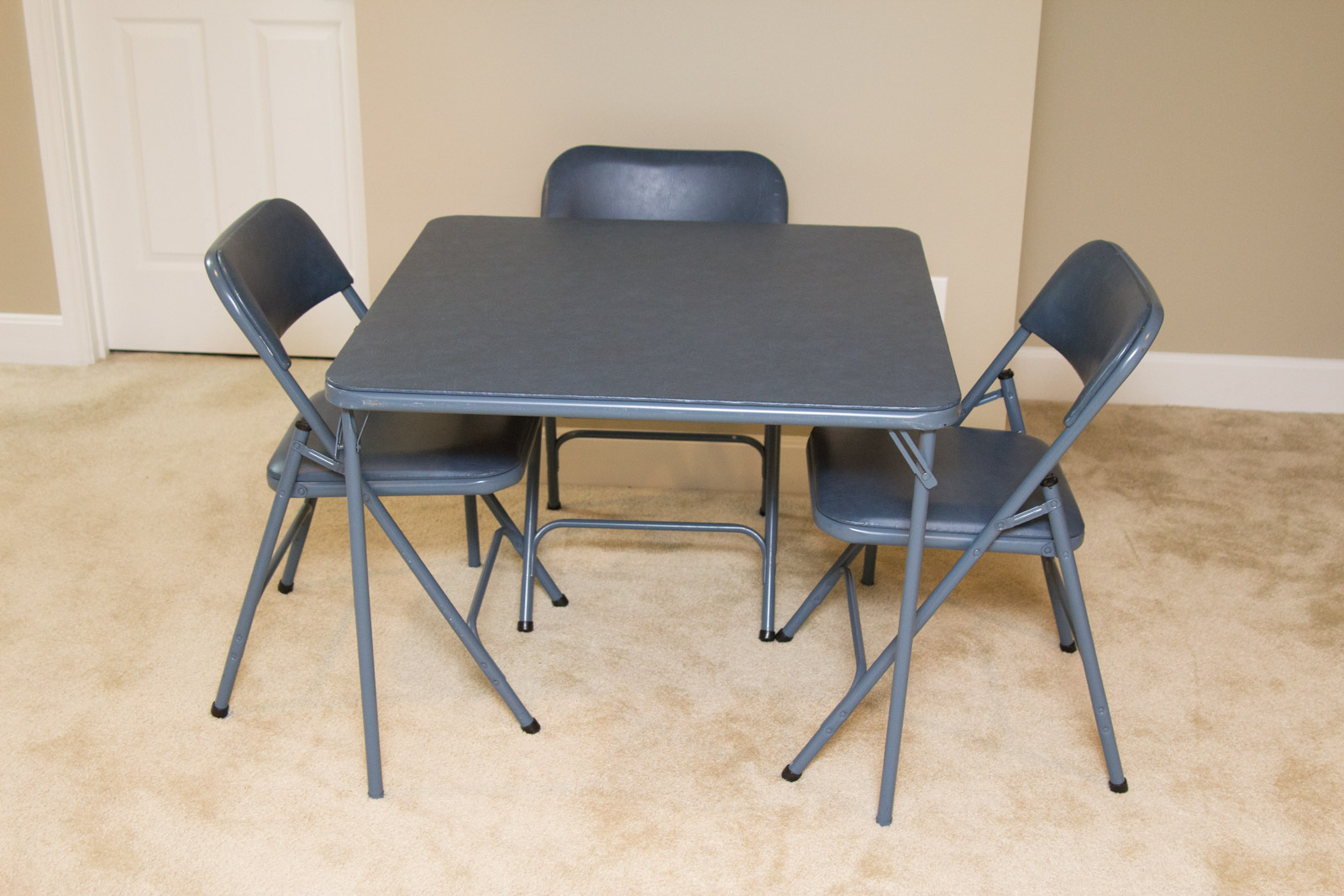 blue metal folding chairs menards lawn lounge samsonite card table with ebth