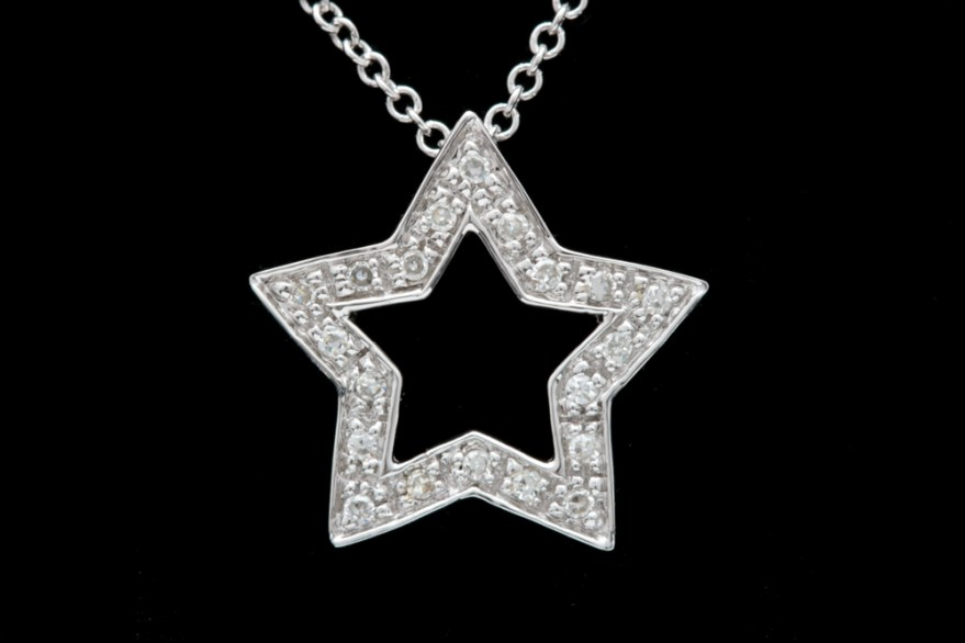 14k White Gold And Diamond Star Pendant With Chain Ebth