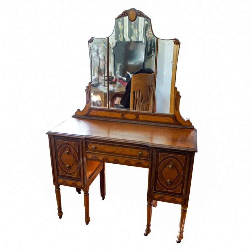 Antique Victorian 1930s Vanity Desk Ebth