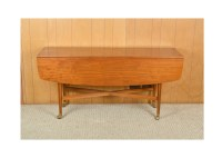 Mid Century Modern Walnut Drop-Leaf Dining Table : EBTH