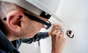 7 Important Tips to Using Less On Electricity At Home ebuddynews