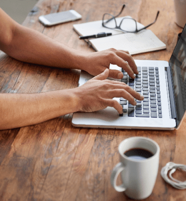 Thinking of Becoming a Freelance Writer? Here Are 9 Tips to Help You