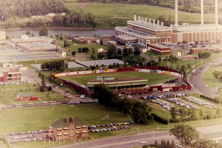 Renfrew Ball Park, circa 1979, on the site of Telus Field. Taken from AGT Vista 33 (now TELUS Plaza). Courtesy of Roland Bressmer.