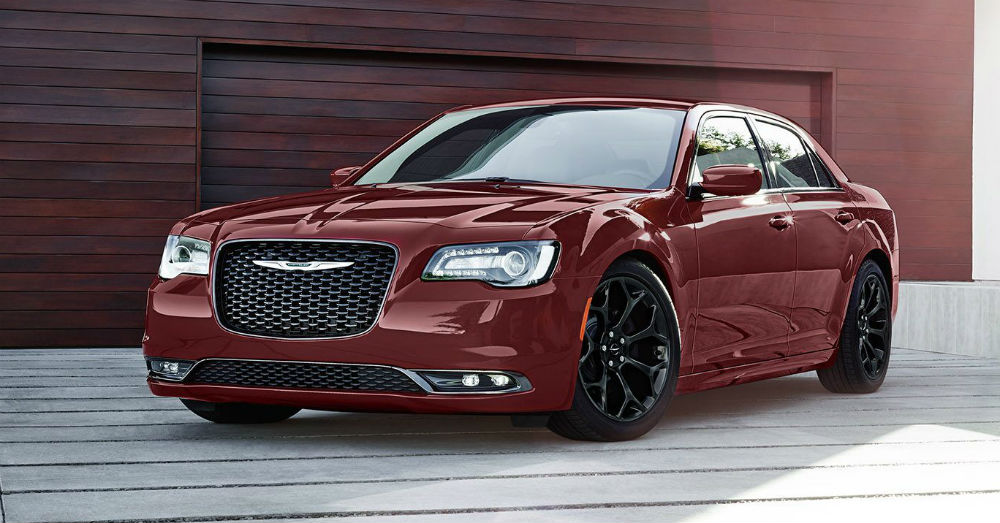 Luxury Sedan – Drive Right in the Chrysler 300