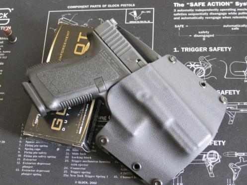 Glock 19 with kydex holster