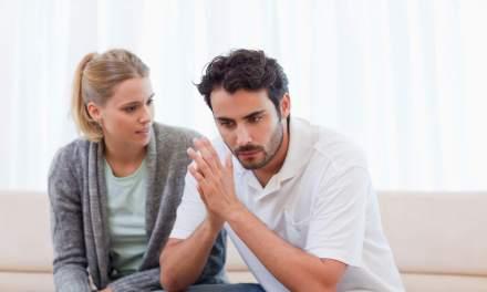 Uomo sotto stress (in crisi). Come comportarsi?