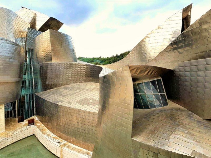 Guggenheim Museum Bilbao @ http://ecentricenglishman.com
