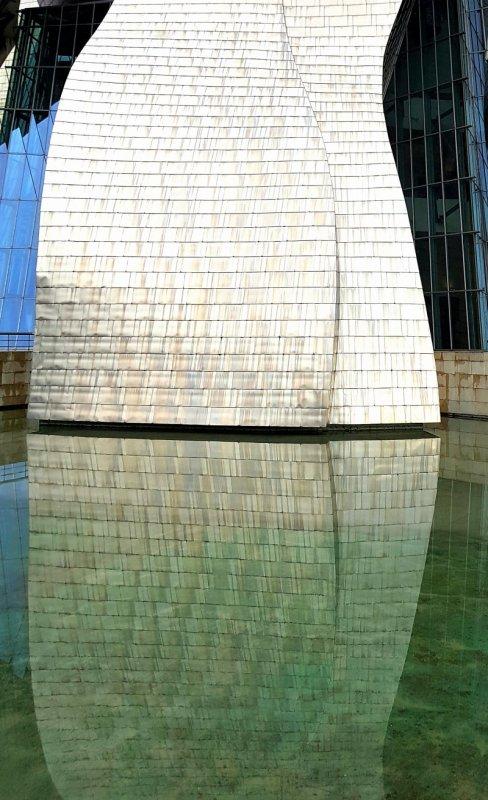 Guggenheim Museum Bilbao reflection