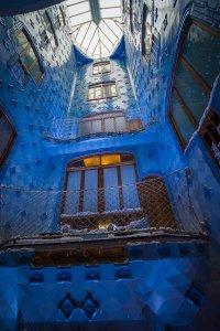 Casa Batllo interior lightwell staircase
