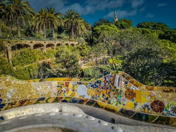 5 top tips for visiting Park Guell - Gaudi Goes outdoors