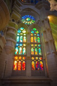 sagrada familia review stained glass inside