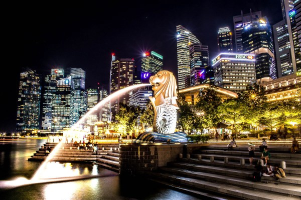 Merlion Singapore River