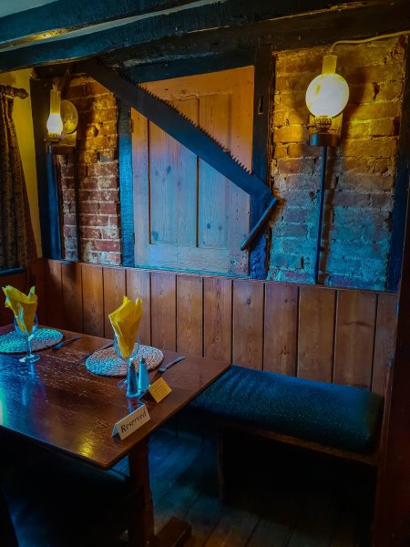 seating - The Star Inn Rusper