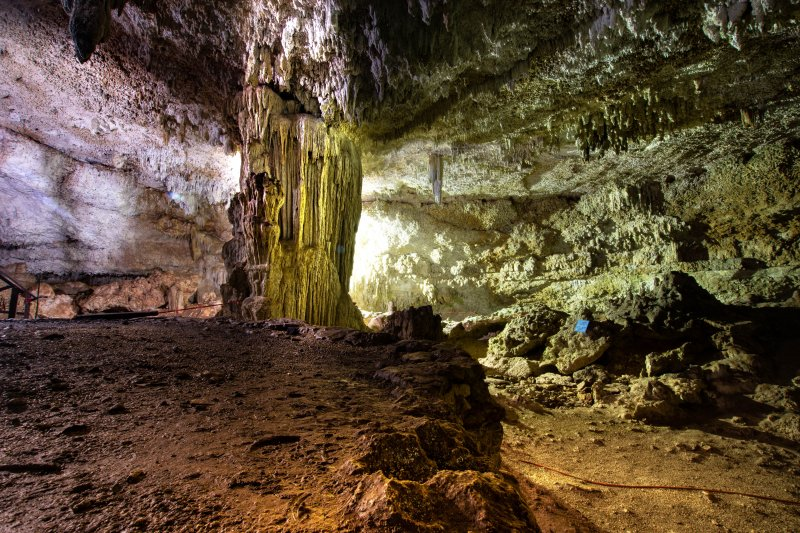 Cenote Choo-Ha Stalagmite small