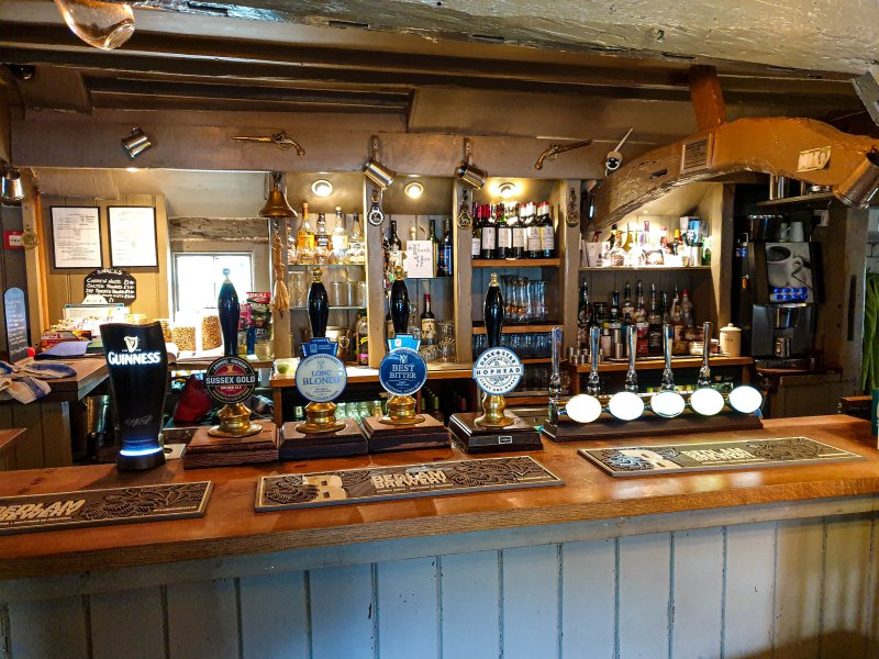 Bar - Black Horse Nuthurst