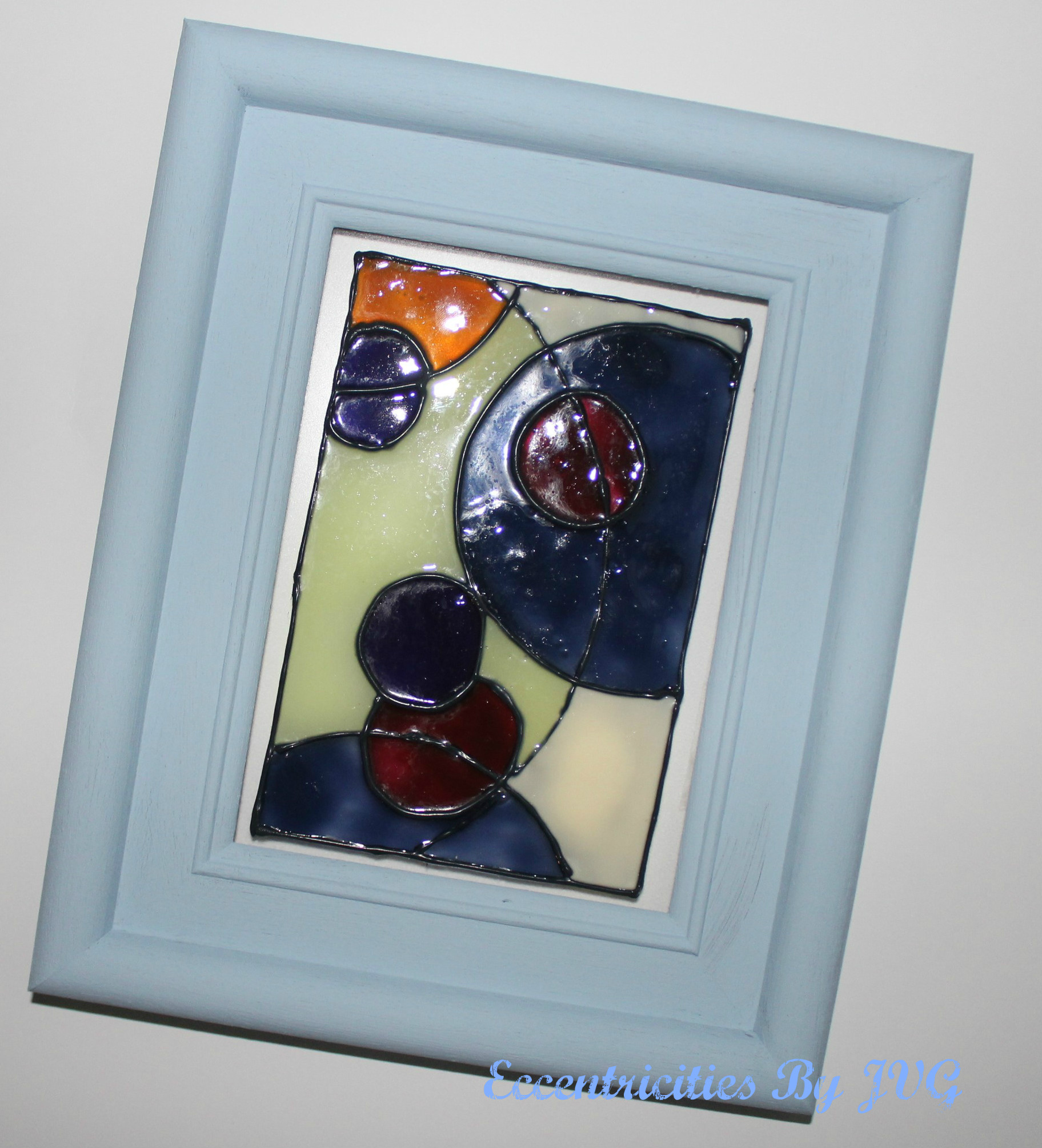 stained glass art for small frame with abstract design