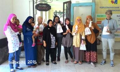 peserta workshop, beserta panitia dan pengajarnya