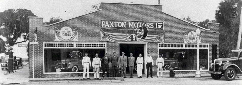 Paxton Motors, circa 1940, at what is now Arts on Douglas