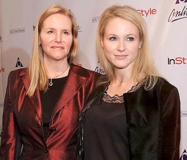 Lenedra Carroll and her daughter Jewel Kilcher