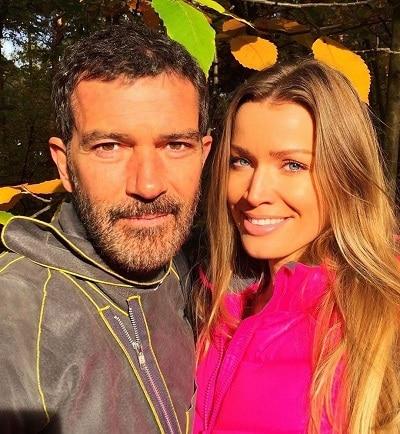 Antonio Banderas girlfriend