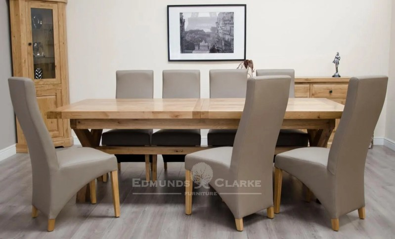 Melford Solid Oak 2400 Extending Dining Table chunky, showing with no leaves will sit 8 to 12 people comfortably DLX2400EXT