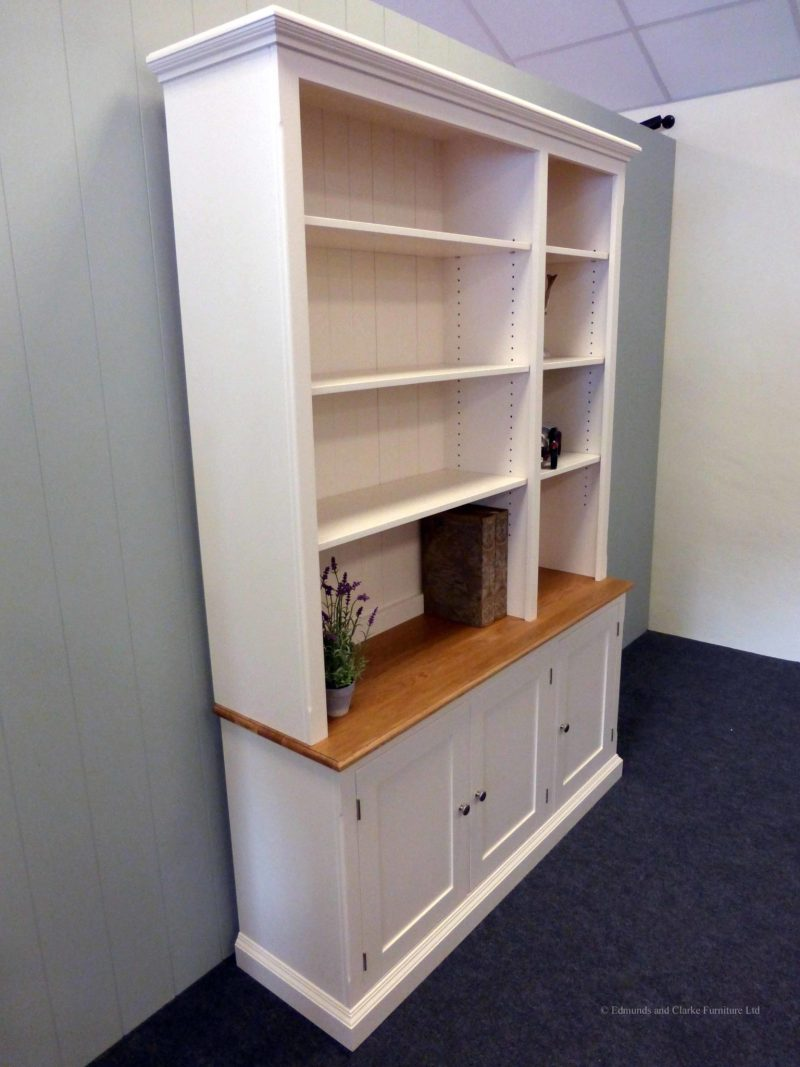 Edmunds 1.5 metre Painted Library Bookcase. Adjustable shelves, 3 cupboards underneath with oak top on cupboards. Elegant cornice and plinths. EDM049