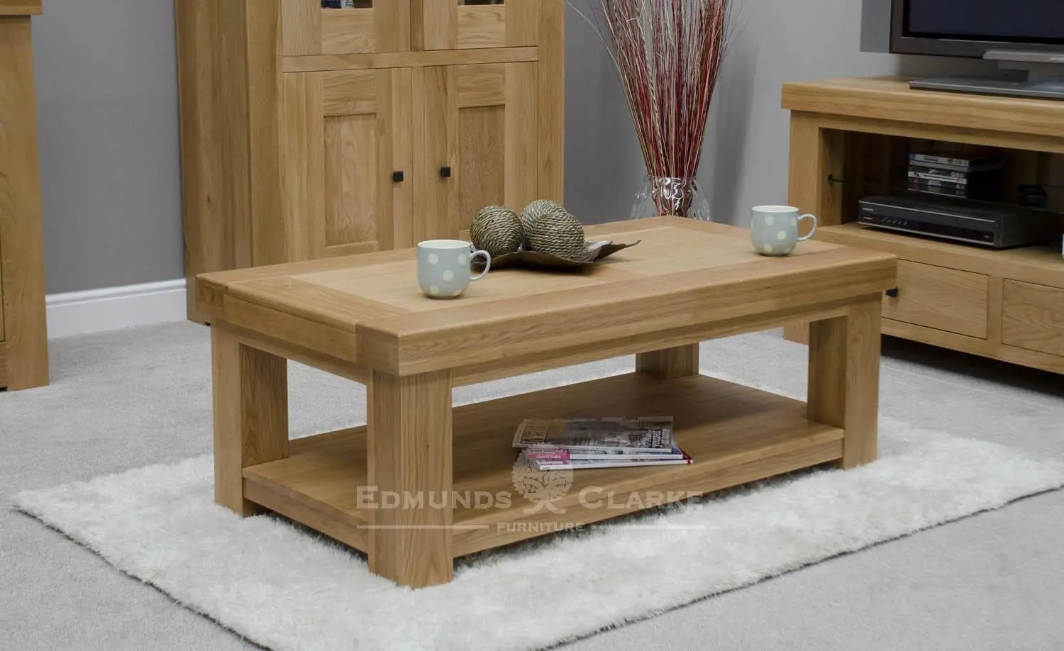Hadleigh Solid Oak Chunky Coffee Table With Shelf