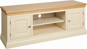 Lundy Painted 2 Door TV Unit. moulded oak top, centre shelf for sky boxes or dvd
