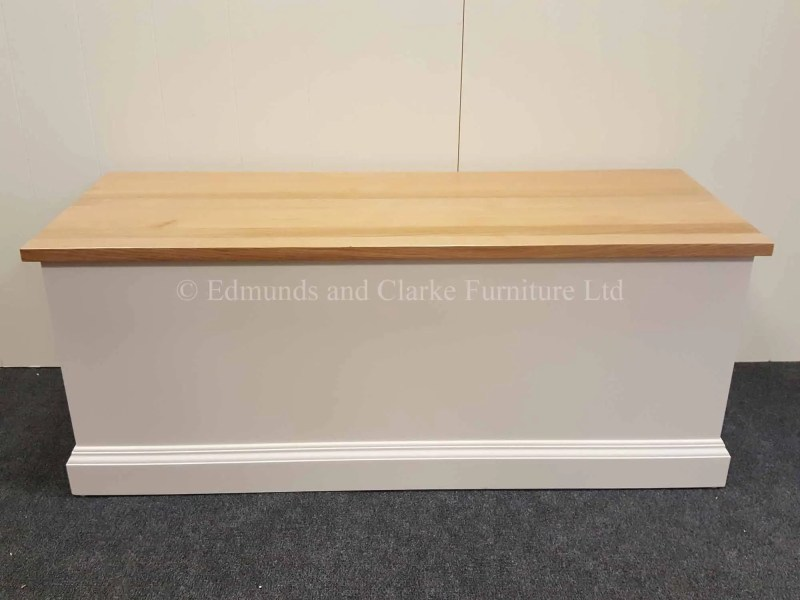 Blanket box painted white with solid oak lift up lid