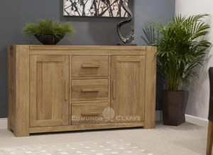 Newmarket large sideboard chunky square edge design 3 drawers in middle with door either side