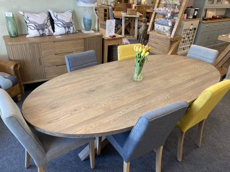 Tambour table a hammersmith chairs