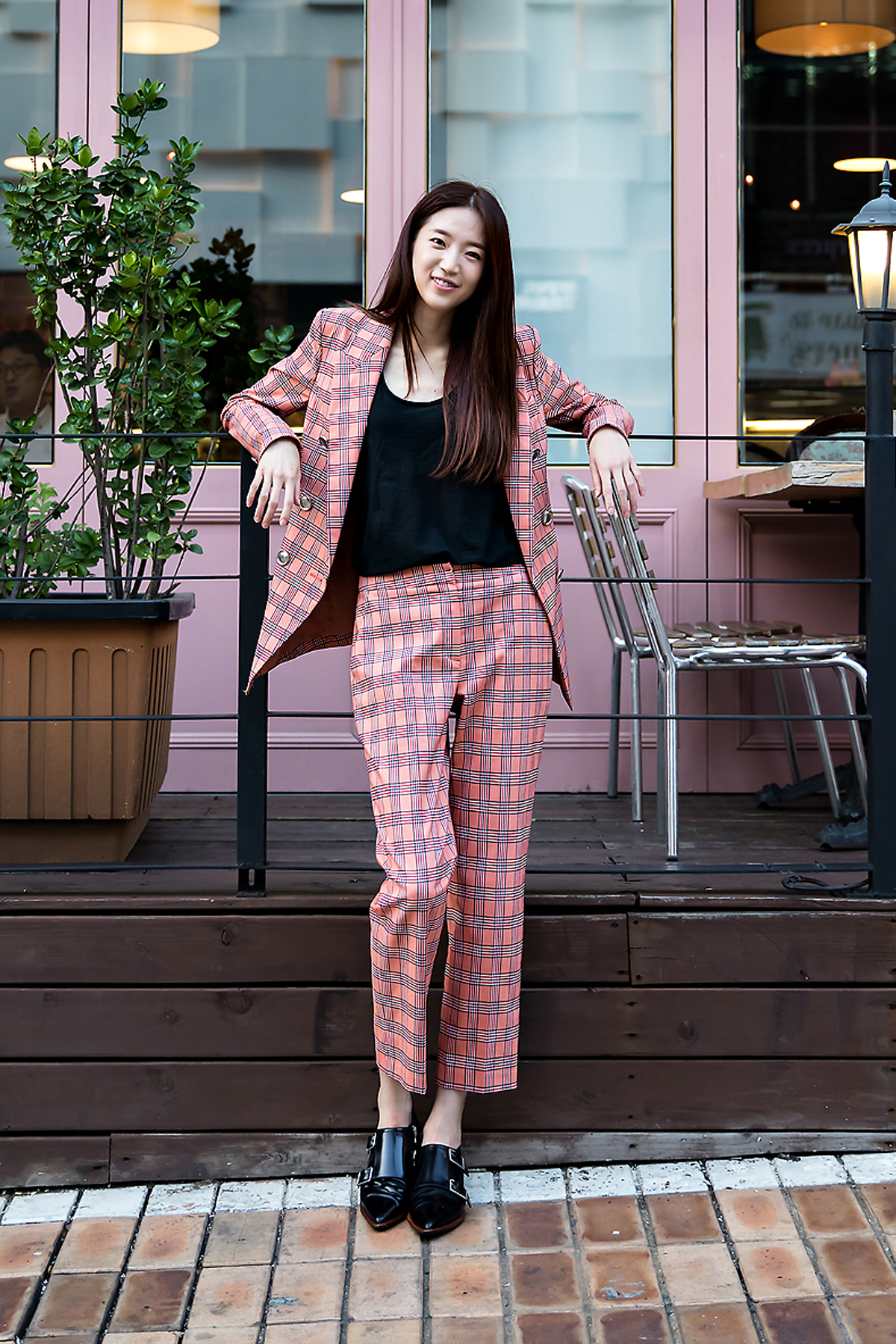 Lee Songyi, Street Fashion 2017 in Seoul.jpg