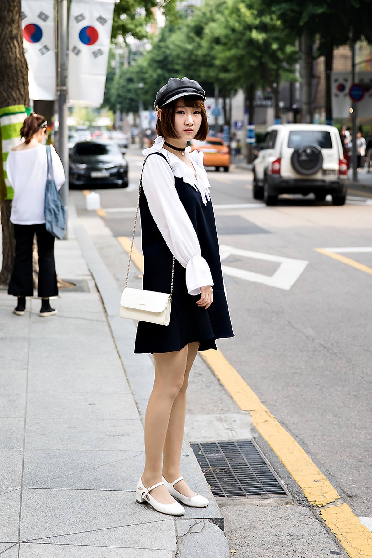 Ma Moonsook, Street Fashion 2017 in Seoul.jpg