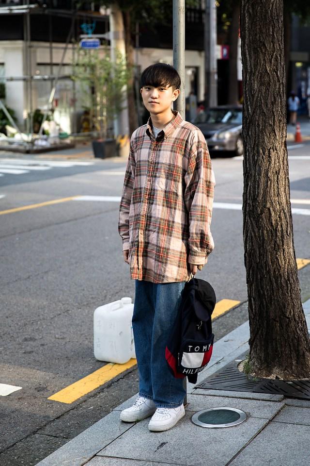 Choi Minsung, Street Fashion 2017 in Seoul.jpg