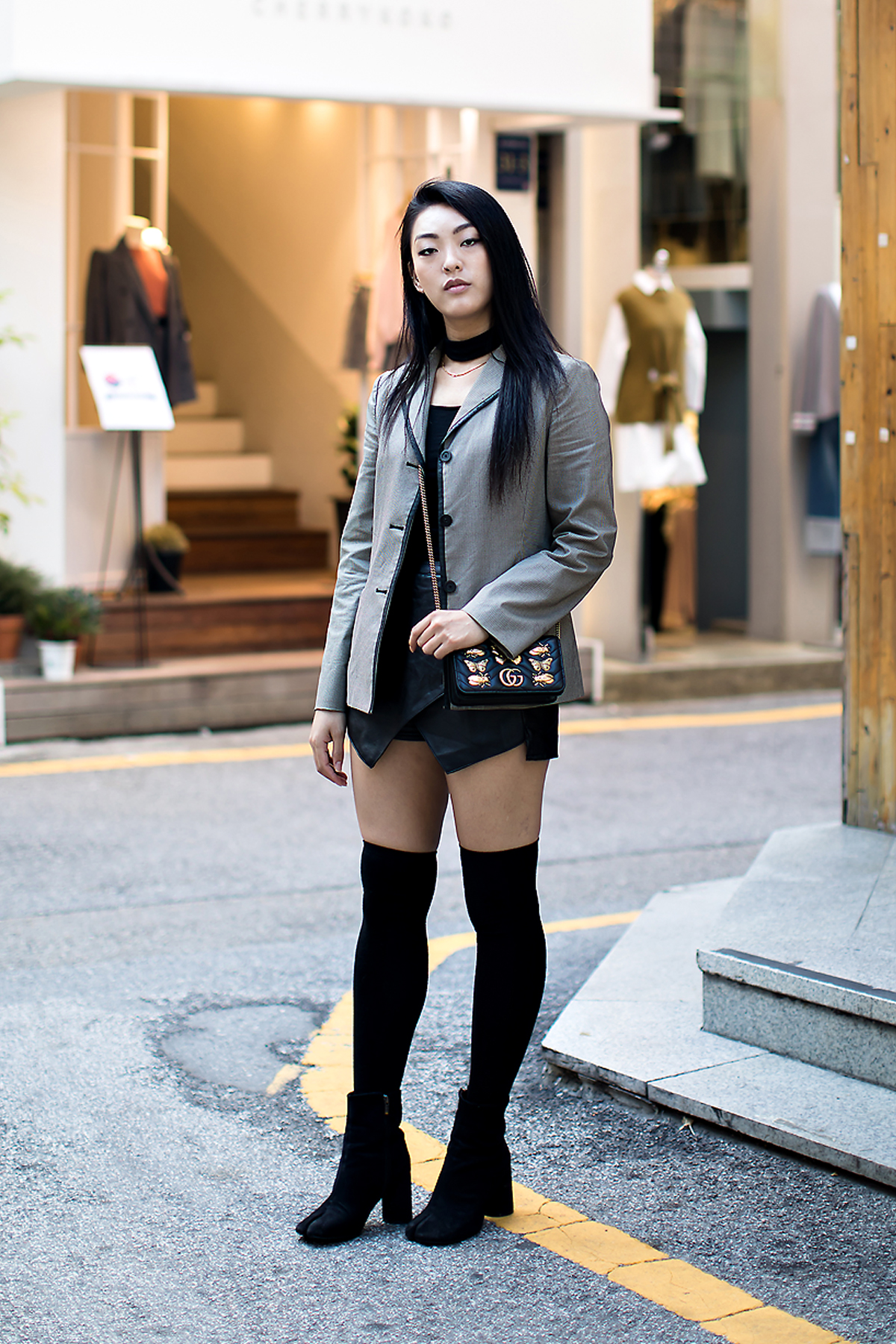 Kim Gaeun, Street Fashion 2017 in Seoul.jpg