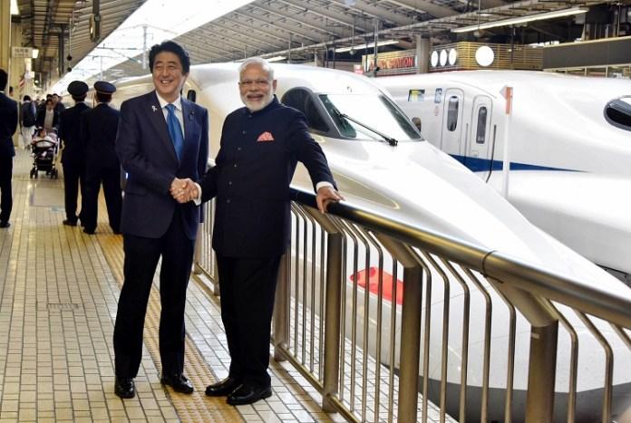 Indian Prime Minister Narendra Modi with Japanese Prime Minister Shinzo Abe