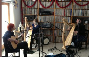 Aisling Jarvis, Moya Brennan, Cormac De Barra in Echoes Living Room