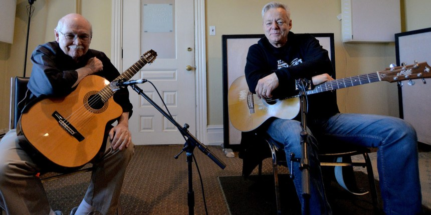Tommy Emmanuel - John Knowles