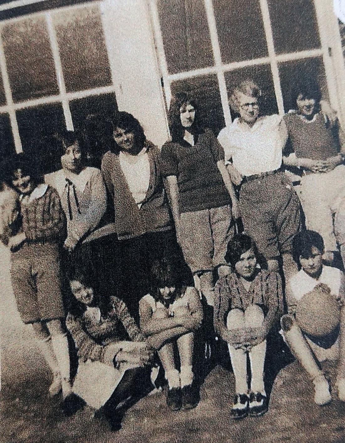 Irene Howdyshell (Bell), Clyde Starkey, Grace Deeds, Goldie Damewood (Garman), Lois Martin (Campbell), Cleo Damewood (Martin), Helin Lemon (Conner) Avis Damewood (Garman), Doris Martin (Shelor), Elizabeth Garman (Eakin)