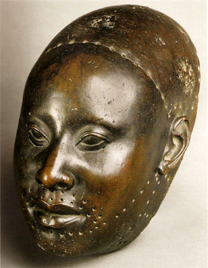 Yoruba bronze head, 12th century.