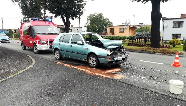 Jedna osoba ranna w wypadku w Dobrzeniu Małym 4