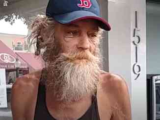 Donald Gould - The Homeless Piano Player Who Got A Record Deal