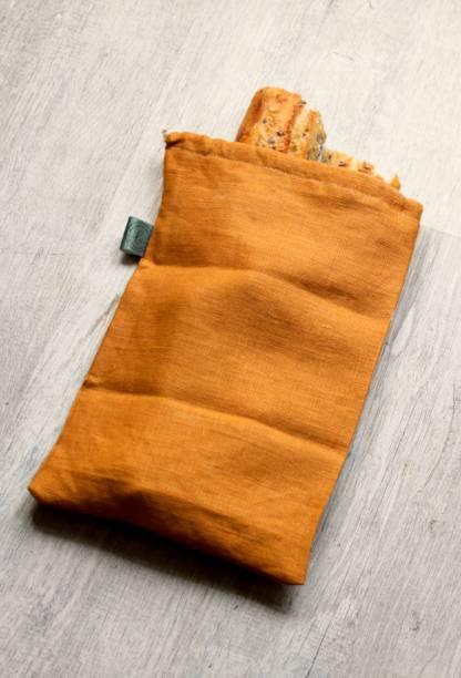 grand sac à pain en toile de lin orange fabriqué en France, tissu oeko tex | Mlle Bellamy pour échoppe végétale