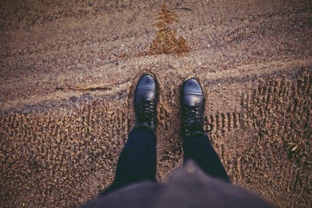 chaussures en cuir source pexels