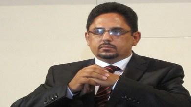 صورة فضيحة : وزير الإتصال الموريتاني متهم بالفساد وإستغلال المنصب