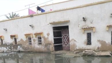 """صورة وفاة شخصين بعد سقوط منزل عليهم في حي """"سوكوجيم """" بمقاطعة لكصر"""